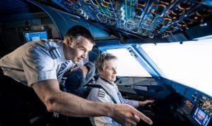 อาชีพนักบิน