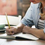 นักเขียน อาชีพอิสระที่หลายคนชื่นชอบและใฝ่ฝันอยากจะทำ